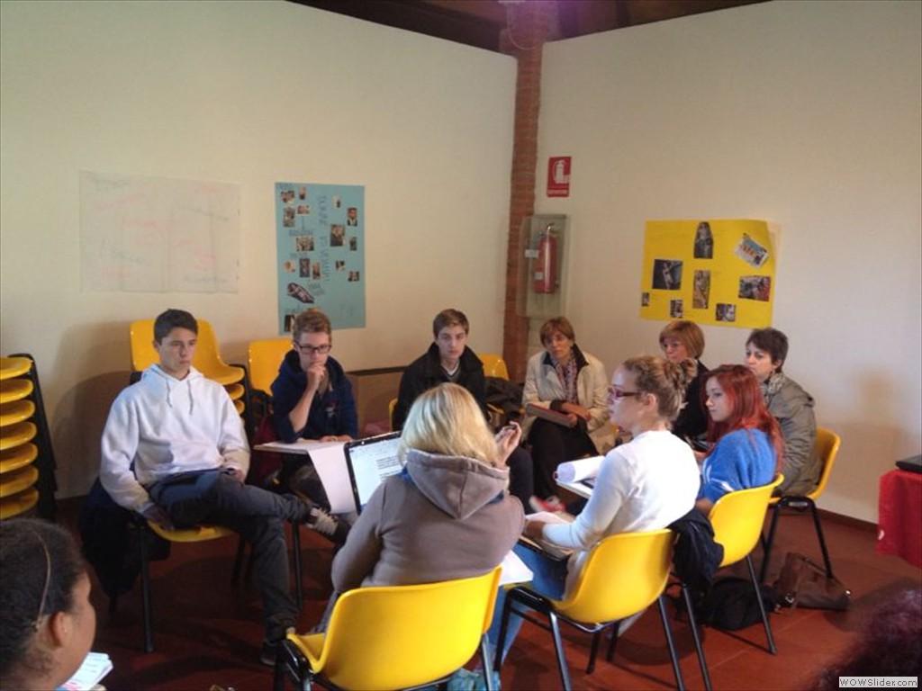 Studenti preparano il dibattito